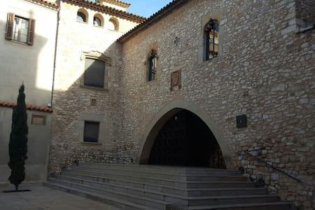 Big Double room in Vilanova i la Geltrú