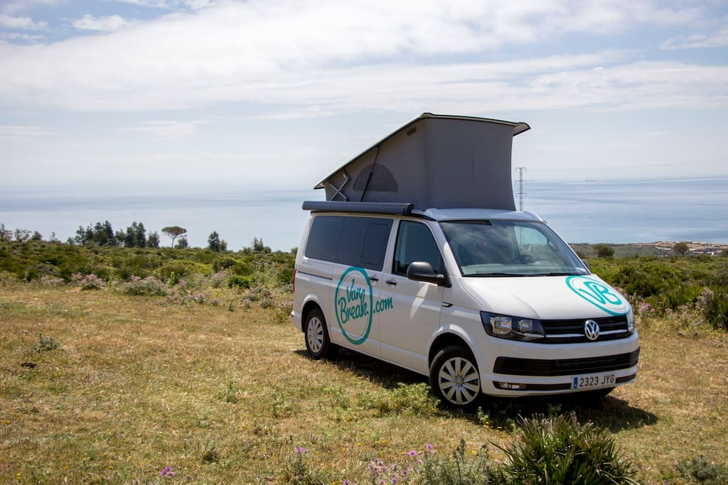 campervan vw california t6 beach malaga camping cars caravanes louer alhaur n de la torre. Black Bedroom Furniture Sets. Home Design Ideas