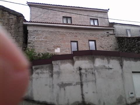 Casa rústica no Centro da Vila de Montalegre