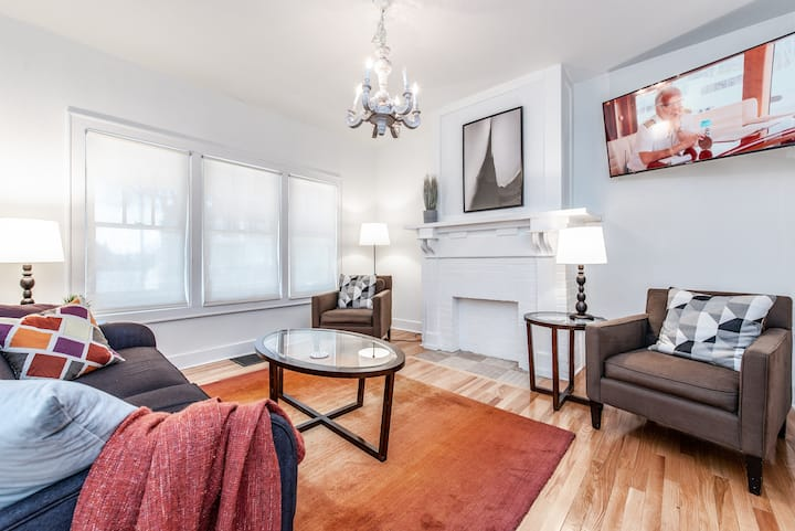 Pristine 2 BR House - Short North / Downtown!
