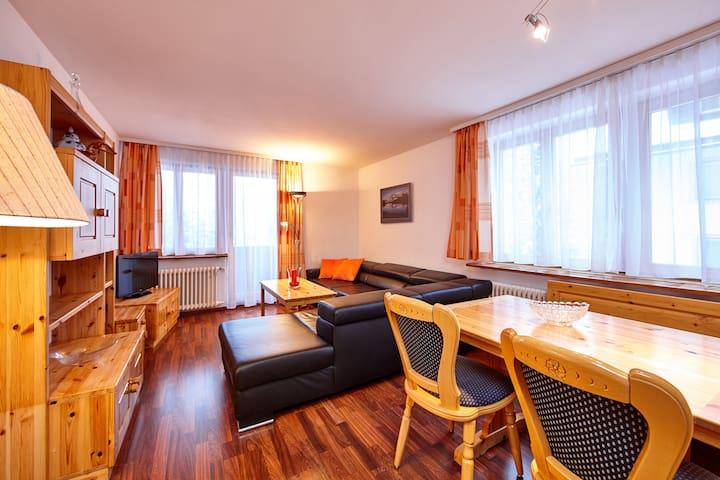Apartment, 5 bedrooms, 8 bathrooms - Arosa - Apartamento