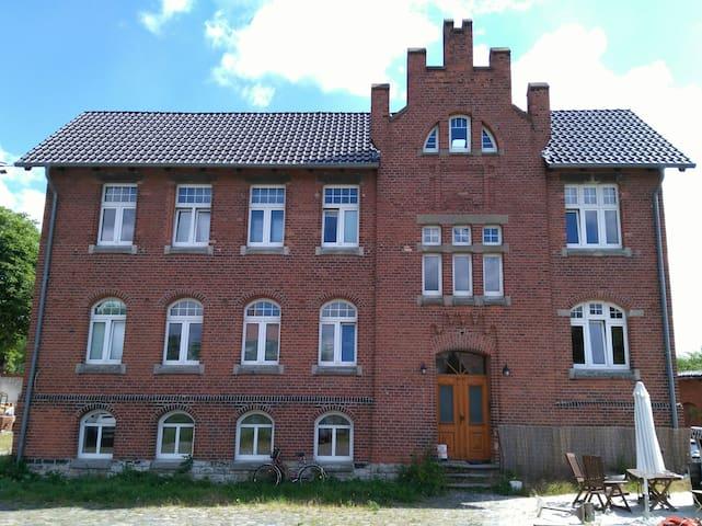 Wohnen im alten E-Werk in Oebisfelde
