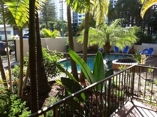 FUN IN THE SUN! - Broadbeach - Apartment