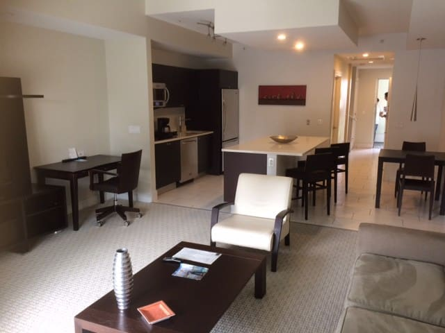 State of the Art 3 Room Villa at Provident Doral - Doral - Villa