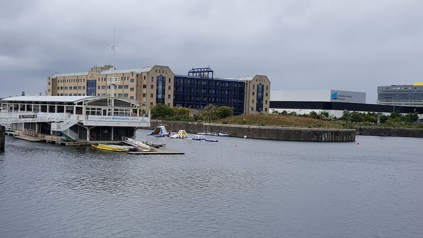 River Front Apartment Next To The Echo Arena