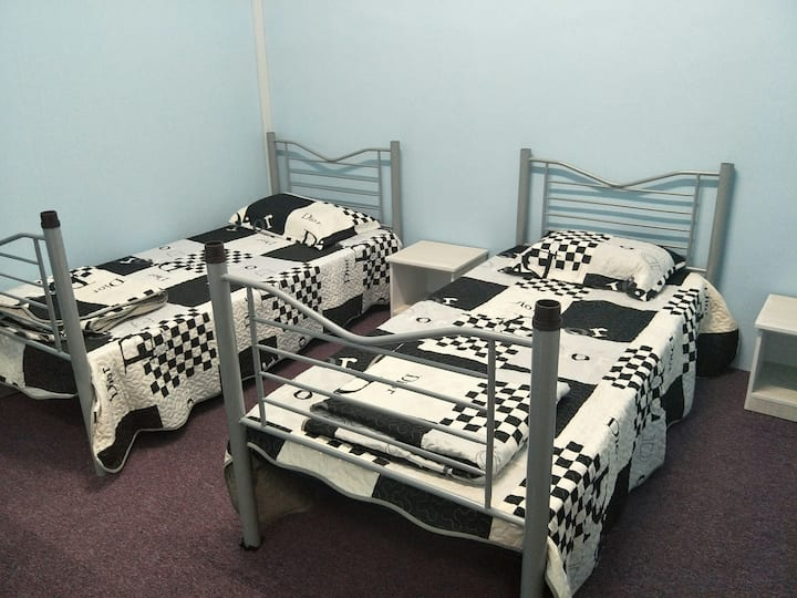 Ali HomeHotel #2 Private Room