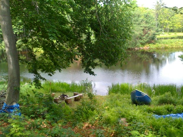 Little Robin Lake, a Magical Spot! - Becket - Casa