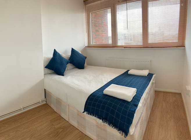 Cozy Double Room in King's Cross for 2P-2