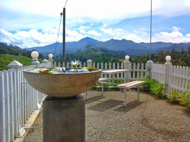 Sanron Guest House - Ella Sri Lanka - Ella - Haus