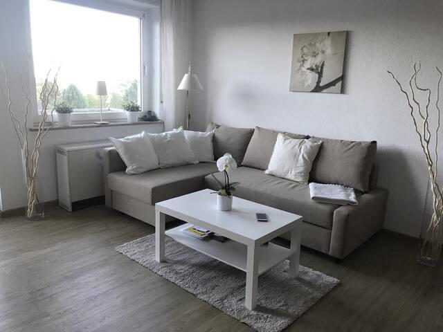 Schöne Wohnung mit Balkon und Bergblick