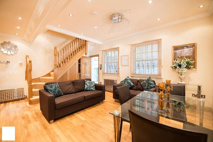 Elegant 2Bed 2Bath House, next to the canal - London - Hus