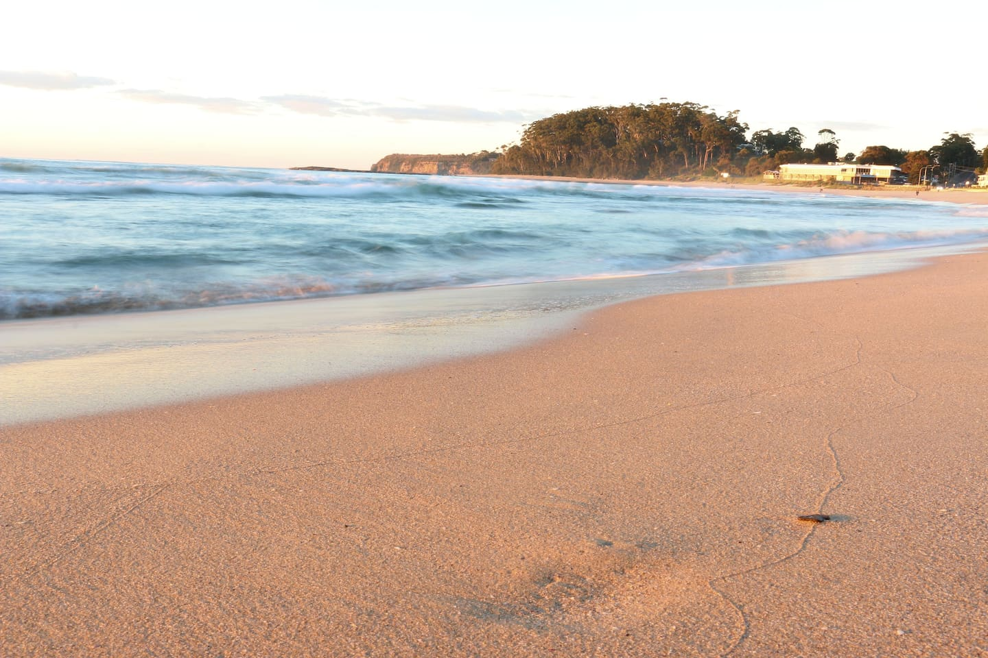 Early morning on Mollymook beach