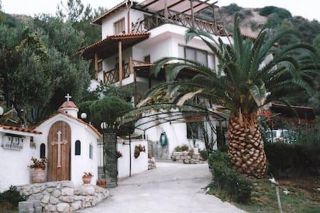 Sea Front / 3 floor Maisonette / Agia Paraskevi