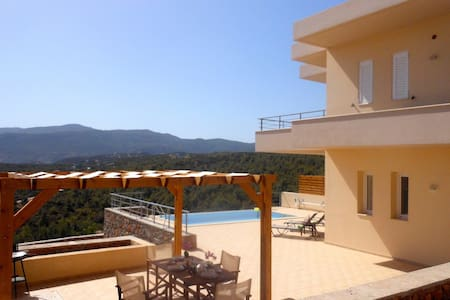 Villa Poppy - 2 floors,  sea view villa & its o. - Istro - Villa