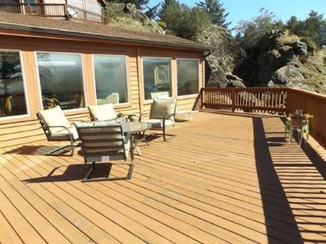 Brookings Or. Whaleshead Resort U-21