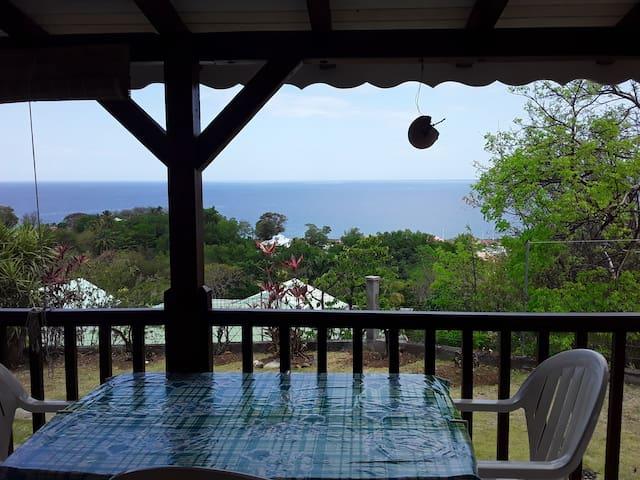 Joli studio avec magnifique vue sur mer