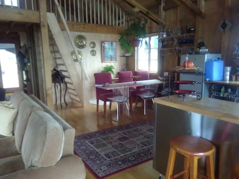 ECO COUNTRY BARN - VIEWS & MORE