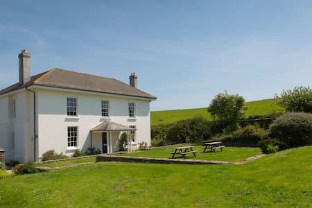 Georgian Farmhouse by South Devon Coast