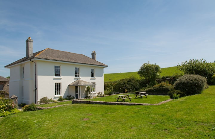Elegant Georgian Farmhouse by South Devon Coast