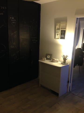 Au plaisir de vous rencontrer... - Lyon - Timeshare (právo užívat zařízení pro ubytování na stanovený časový úsek během roku na mnoho let dopředu - minimálně 3 roky)