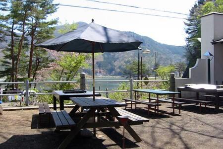 Amazing Cottage of Lake shoji !!!!!! - House