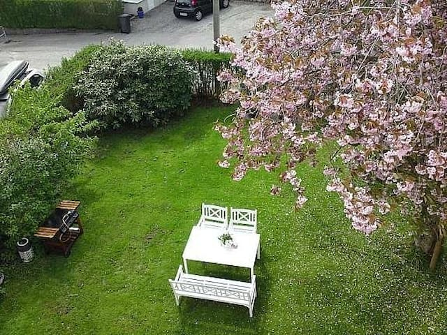 Terrasse is overlooking our garden. Feel free to use our garden.