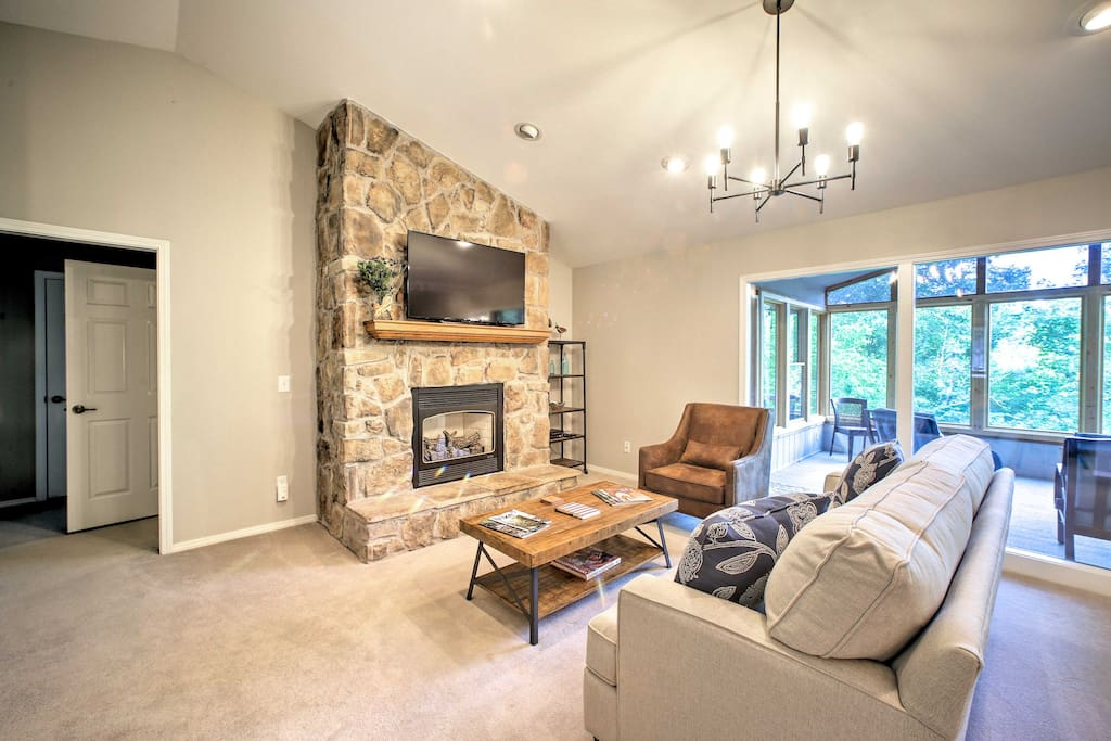 Up to 10 guests can relax in 2,800-square-feet of comfortable living space.