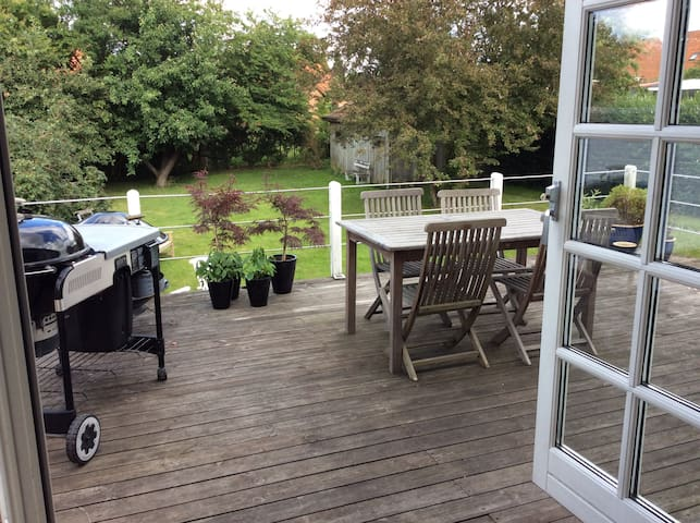 House with a nice terrace in the heart of Roskilde - Roskilde - Rumah