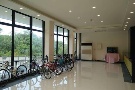 Starry Inn全新!星晟棧渡假飯店*雙床美景套房 - Xincheng Township