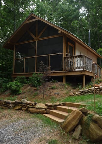 Chestnut Grove, Glamorous outdoor glamping. - Moravian Falls