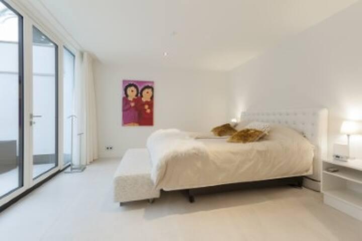 Suite Goud, een ruime, luxe suite van 43 m2 . - 's-Heerenberg
