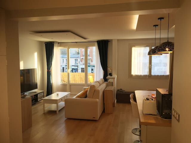 Nice private bedroom+Netflix 13mn from PARIS