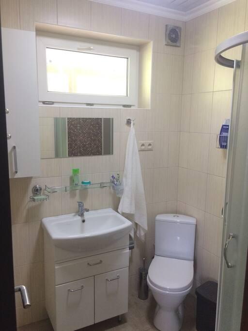 Туалет и душ