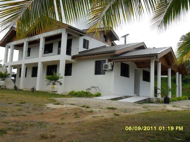 Nkhan residence