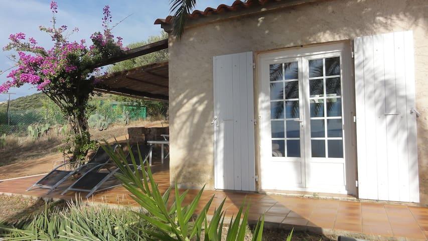 Petite maison vue mer - Cargèse - House