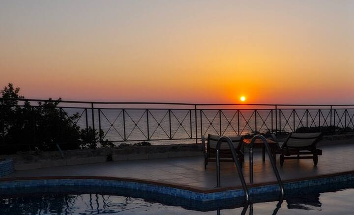 Sunset View+Private Pool Villa w/Jacuzzi 4 Couples