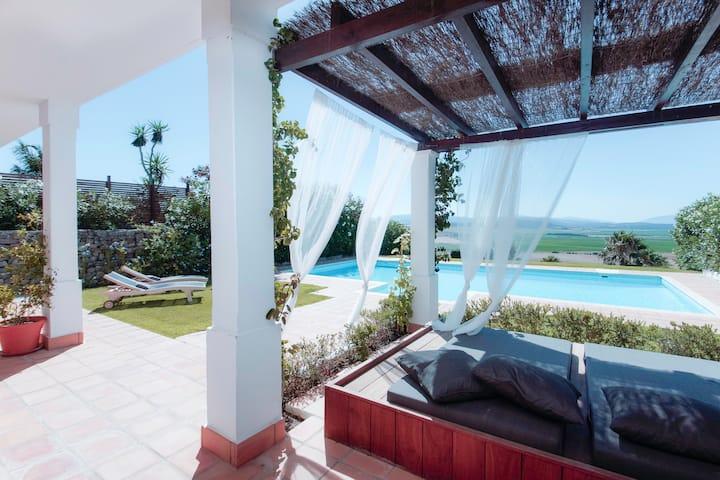 Spectacular Views, Amazing Villa