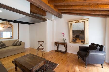 Ambiente histórico en Casco Antiguo - Pamplona