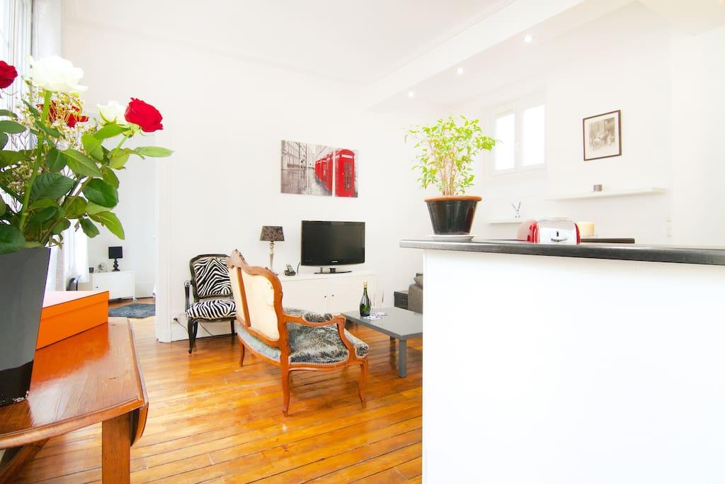 Bel appart en plein coeur de paris appartements louer - Interieur appartement original et ultra moderne a paris ...