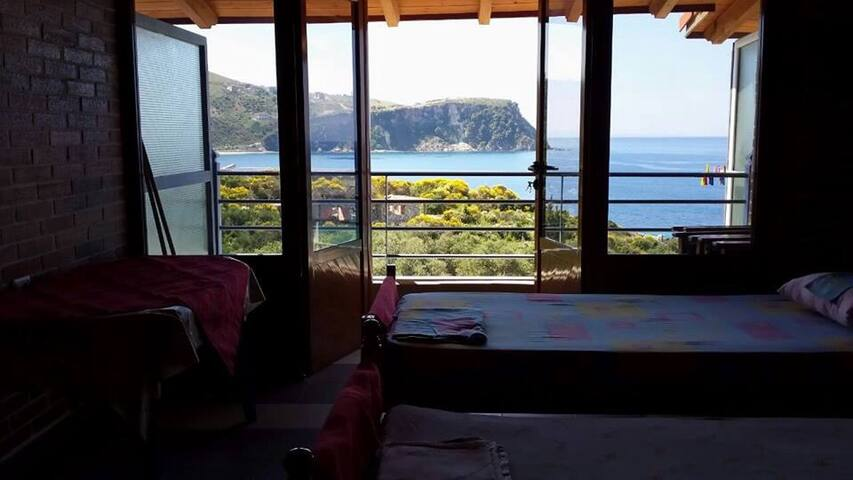 Cozy central apt with seaview - Himare - 別荘