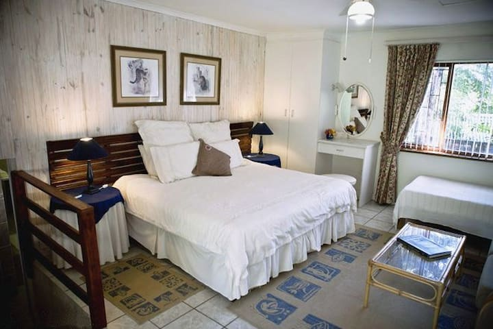 Fairways B&B. Luxury room: Par 4