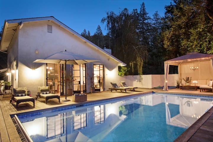 Luxury Creekside Escape    pool, spa, bocce, gated
