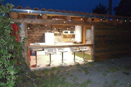 tente et camping car  à la ferme Lenti-you