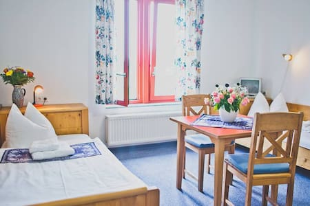 Double Room in tranquile paradise - Seifhennersdorf