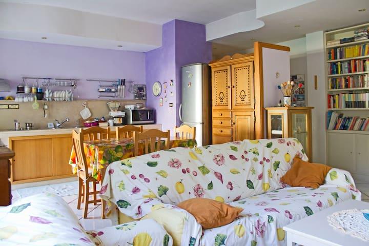 abitazione con tutti i confort - Neapel - Wohnung