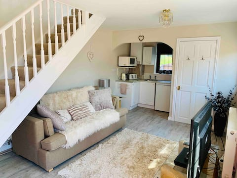 Cosy detached barn in a beautiful village setting.