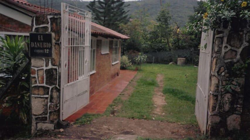 Cabaña en conjunto cerca a Melgar - Tolima - Hus