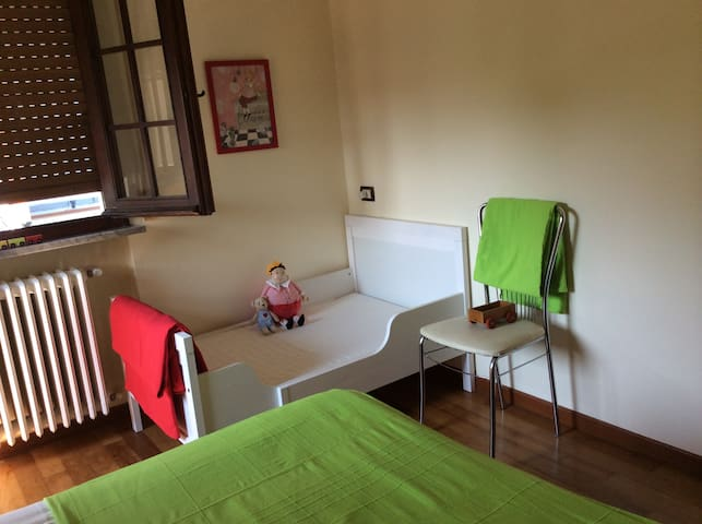 Guest bedroom 1/ children's room