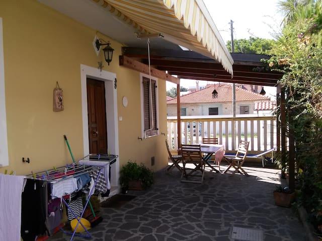 Villetta al mare - Montesilvano - Huis