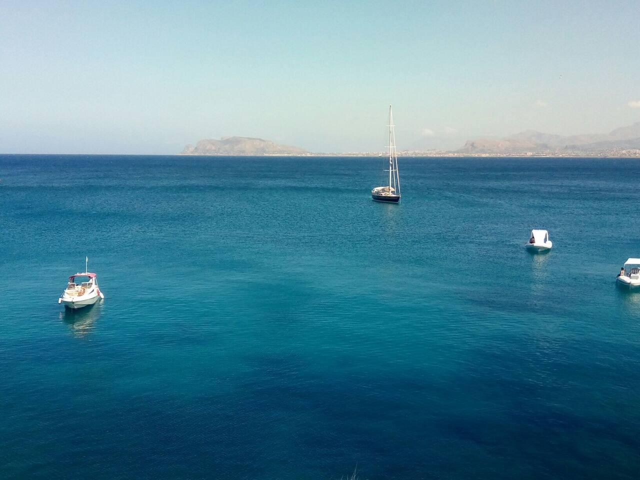 il mare di fronte - the seaview from the terrace